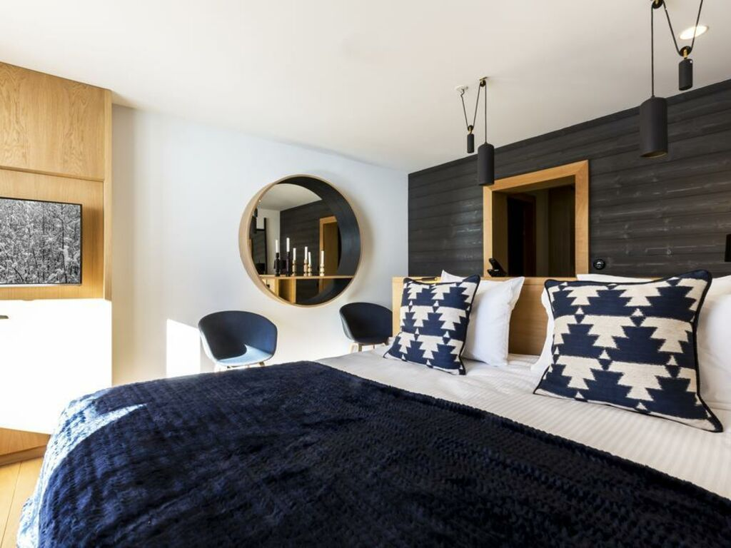 Le Yule Hotel Spa A Design Boutique Hotel Val D Isere France