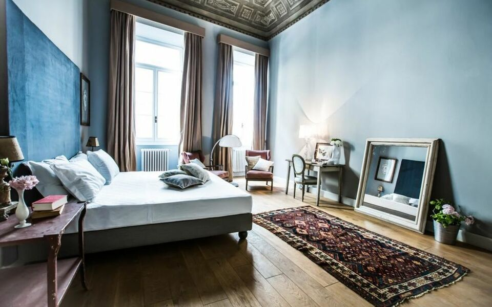 Soprarno suites a design boutique hotel florence italy for Design hotel florence