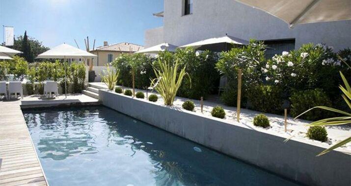 H tel le mandala a design boutique hotel saint tropez france for Design hotels south of france