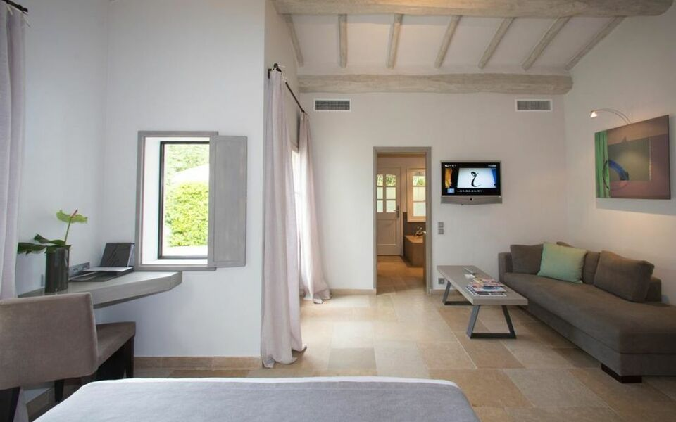 Le pre de la mer a design boutique hotel saint tropez france for Design hotel des francs garcons saint sauvant