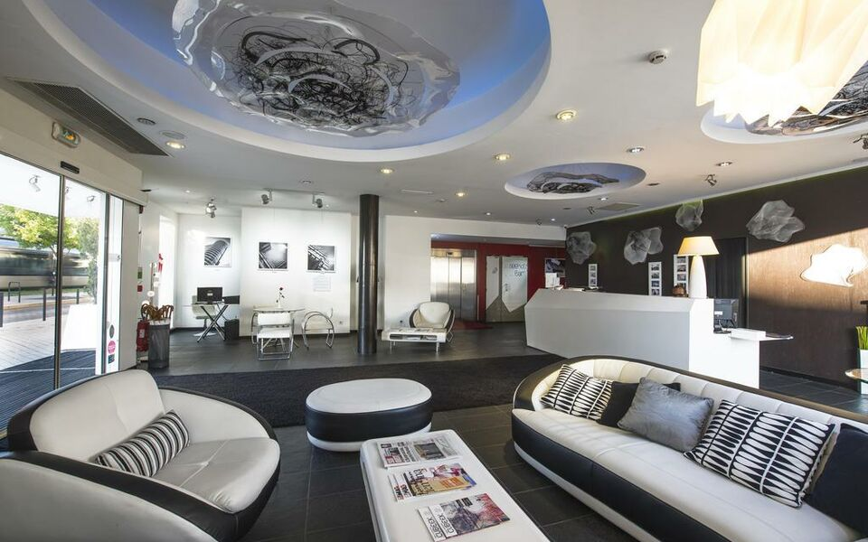 seeko 39 o hotel design bordeaux france my boutique hotel. Black Bedroom Furniture Sets. Home Design Ideas
