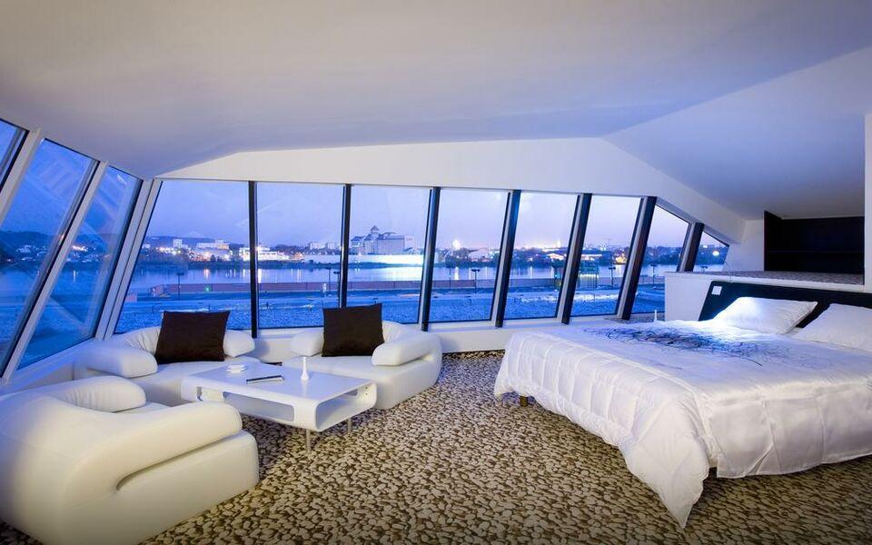 Seeko 39 o hotel design bordeaux france my boutique hotel for Hotel piscine bordeaux