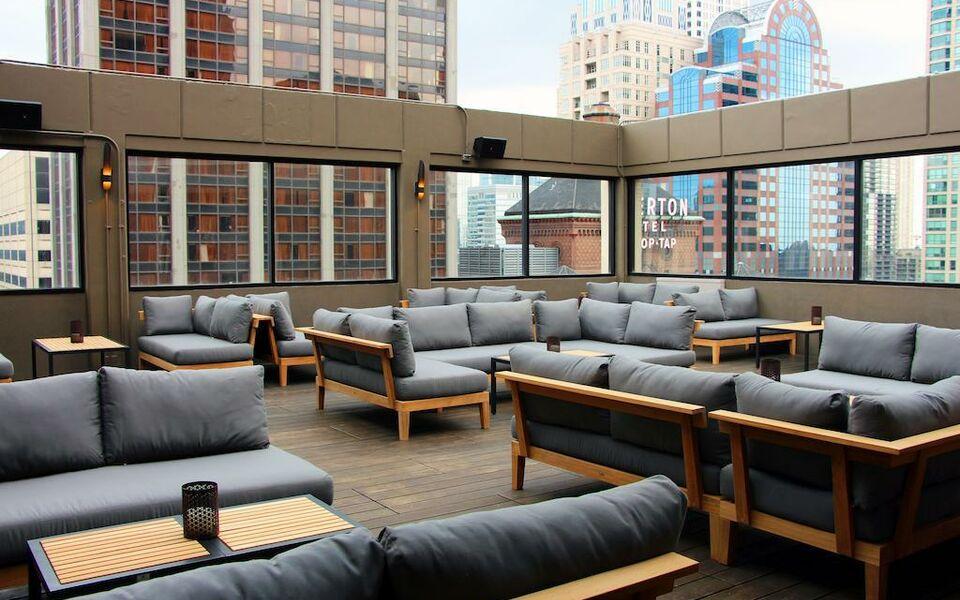 Cambria Hotel Chicago Magnificent Mile A Design Boutique Hotel