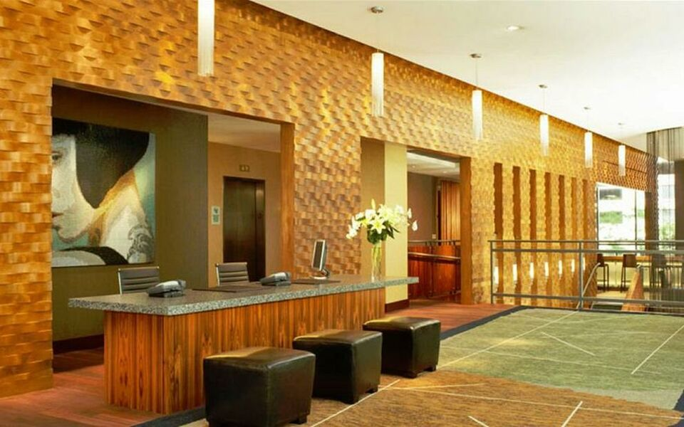 Dana hotel and spa a design boutique hotel chicago u s a for Chicago resorts and spas