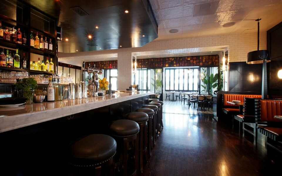 Sixty beverly hills hotel best hotels in beverly hills for Boutique hotels downtown los angeles