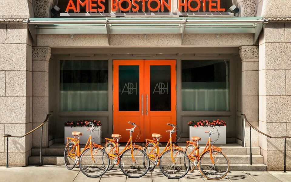 Ames Boston Hotel, Curio Collection by Hilton, Boston (1)