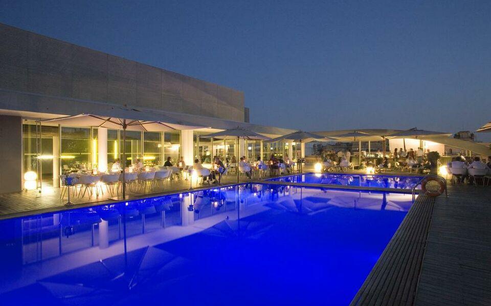 Radisson blu es hotel roma a design boutique hotel rome for Design boutique hotels rome