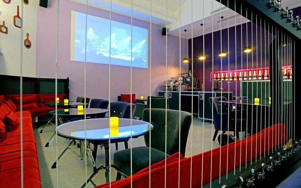 H U00f4tel Du Triangle D U0026 39 Or  A Design Boutique Hotel Paris  France