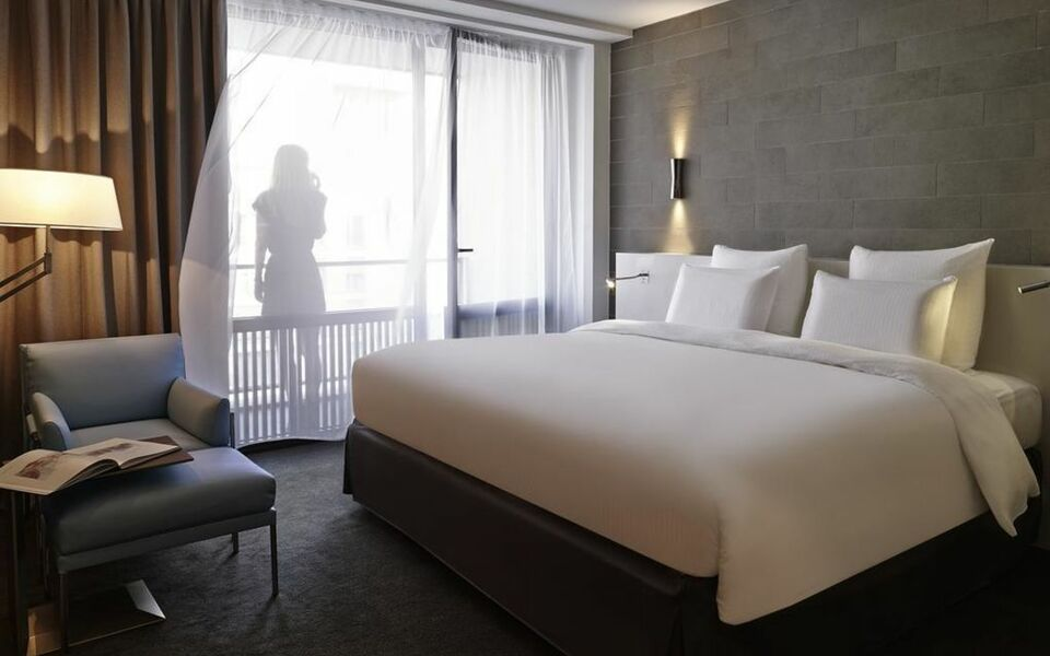 pullman paris tour eiffel a design boutique hotel paris