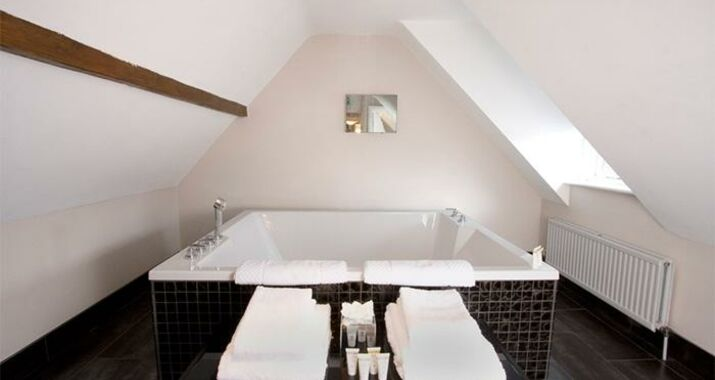 Sanctum On The Green - A Bespoke Hotel, Cookham Dean (14)