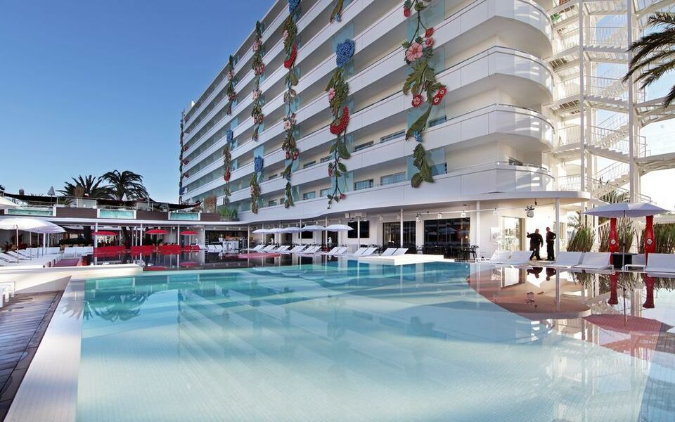 Ushuaia Ibiza Beach Hotel - Adults Only, Playa d'en Bossa (1)