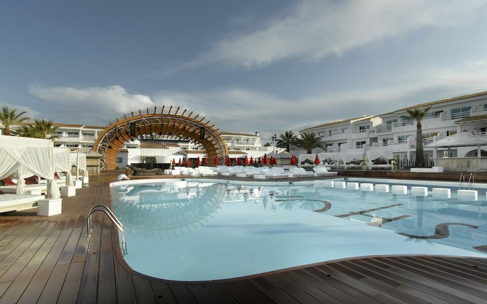 Ushuaia Ibiza Beach Hotel - Adults Only, Playa d'en Bossa (2)