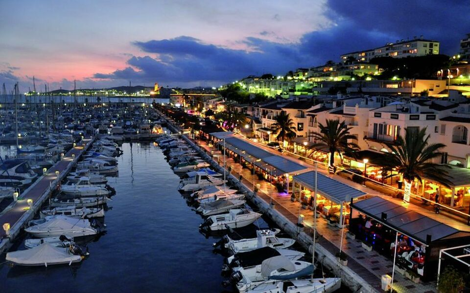Alenti Sitges Hotel Restaurant