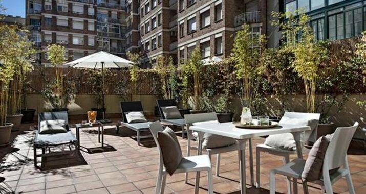 Eric v kel boutique apartments gran v a suites a design - Eric vokel gran via suites ...