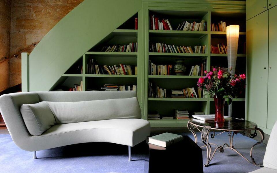 la maison bord 39 eaux bordeaux frankreich. Black Bedroom Furniture Sets. Home Design Ideas