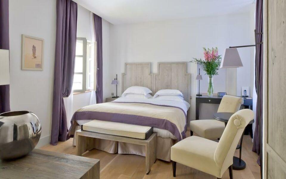 Le couvent des minimes hotel spa a design boutique hotel mane en prove - Le couvent des minimes ...