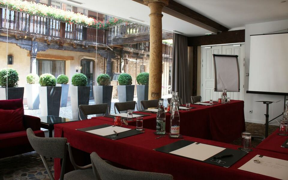 Cour du Corbeau - MGallery by Sofitel, Strasbourg (12)