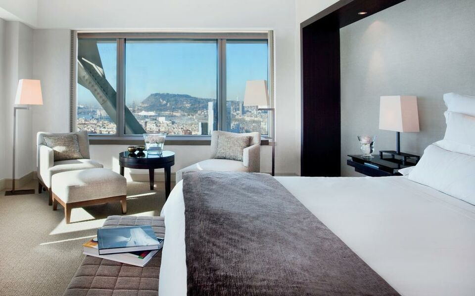 Hotel arts barcelona a design boutique hotel barcelona spain for Design hotel barcelona