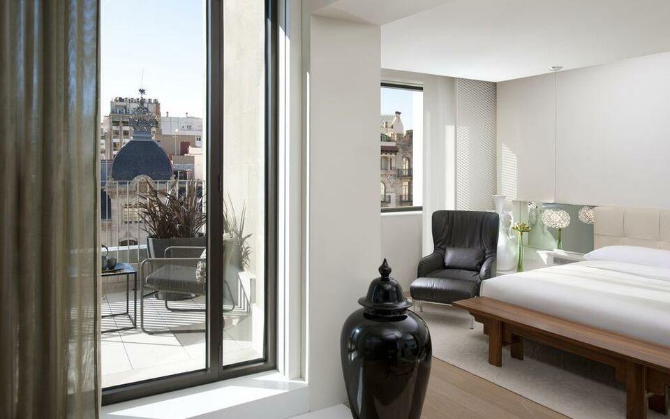 mandarin oriental barcelona a design boutique hotel barcelona spain. Black Bedroom Furniture Sets. Home Design Ideas