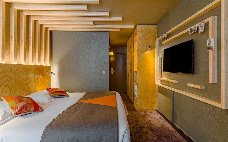 Les aiglons resort spa chamonix france my boutique hotel for Chambre 9 chamonix