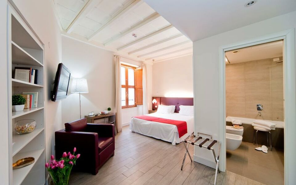 Navona palace residenze di charme a design boutique hotel for Hotel luxury navona