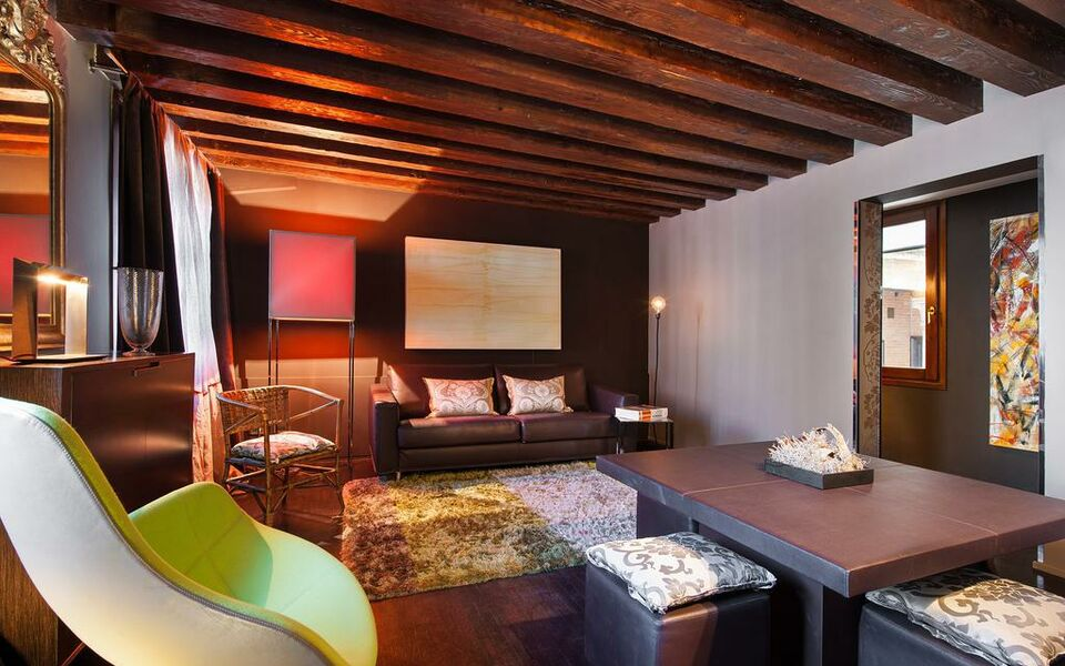 Charming house iqs a design boutique hotel venice italy for Design boutique hotel venice