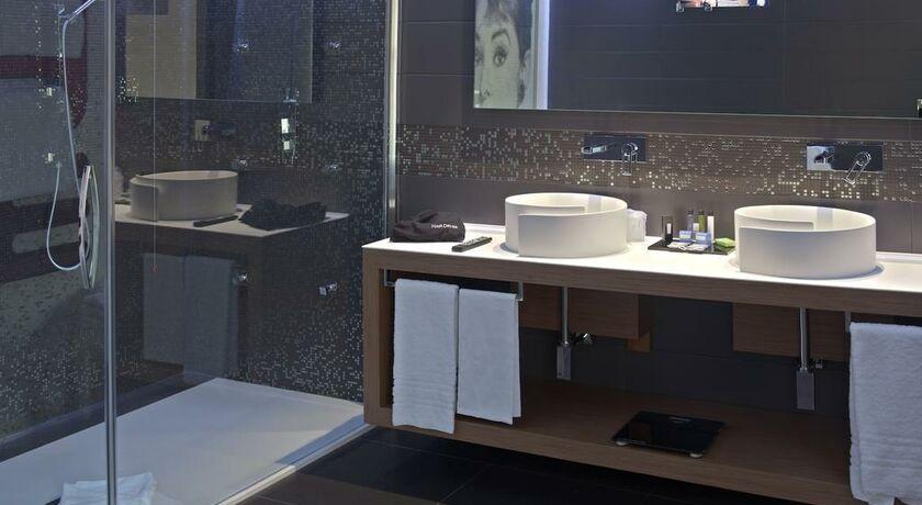 Berg Luxury Hotel Rome Deluxe Room