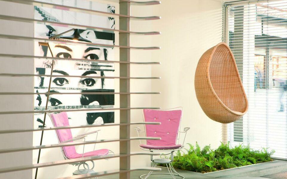 Continentale lungarno collection florenz italien for Designhotel florenz