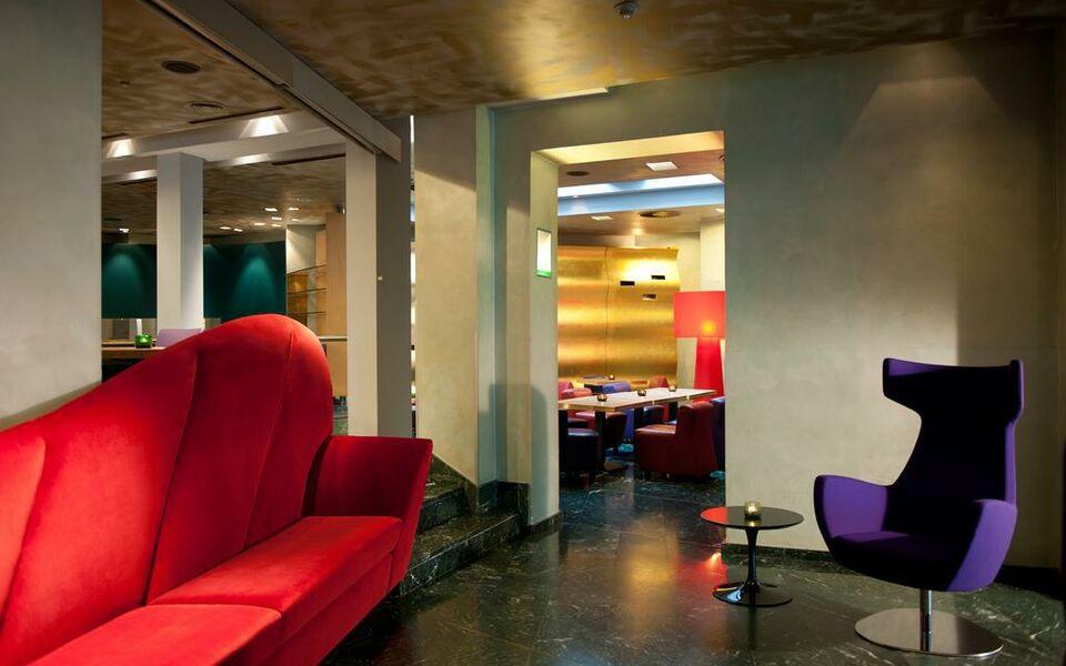 hotel cristall superior a design boutique hotel k ln germany. Black Bedroom Furniture Sets. Home Design Ideas