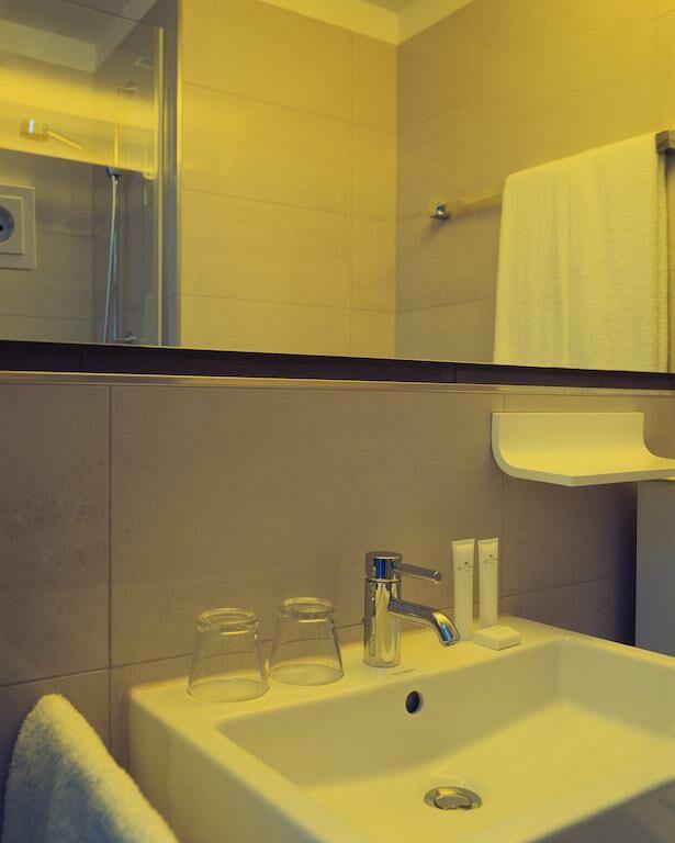 the pure a design boutique hotel frankfurt germany. Black Bedroom Furniture Sets. Home Design Ideas