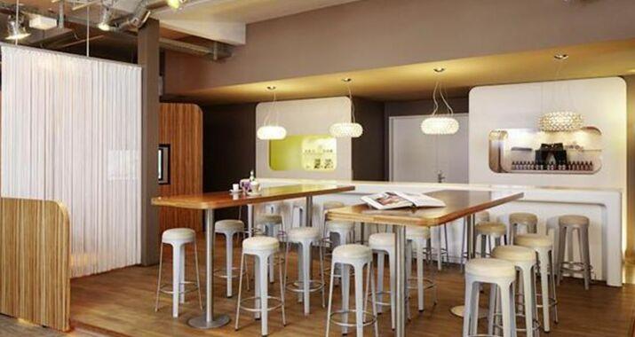 25hours hotel number one hamburg deutschland. Black Bedroom Furniture Sets. Home Design Ideas