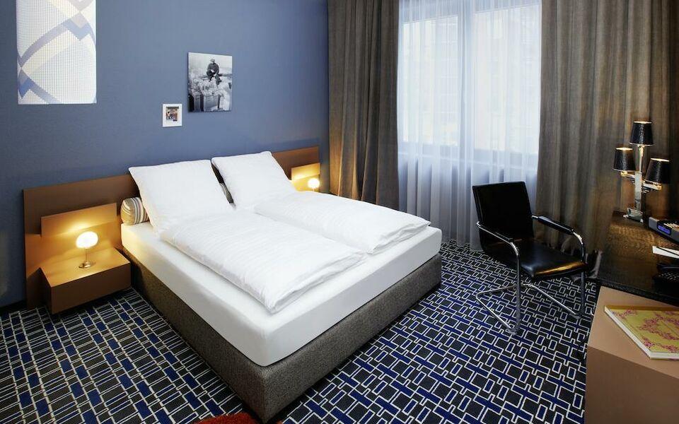 25hours hotel by levi s frankfurt deutschland. Black Bedroom Furniture Sets. Home Design Ideas