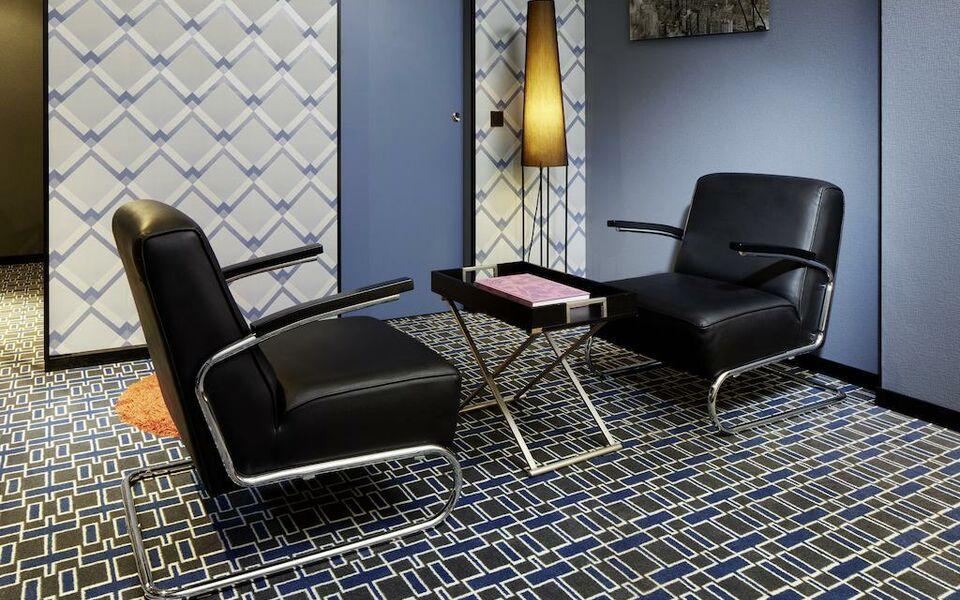 25hours hotel by levi s frankfurt germania. Black Bedroom Furniture Sets. Home Design Ideas