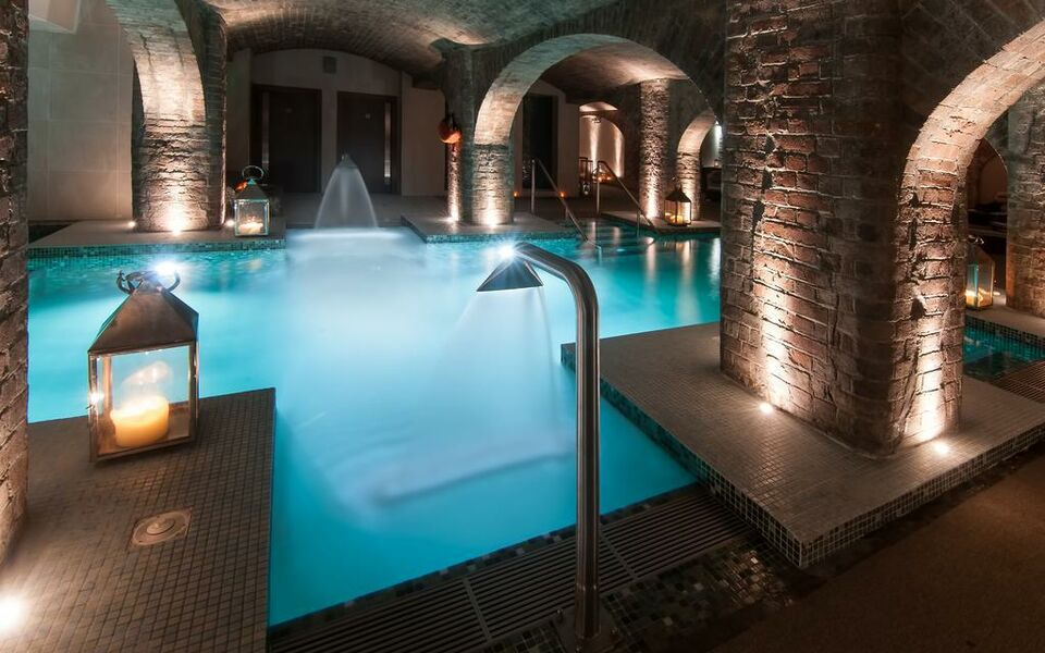 Titanic hotel liverpool a design boutique hotel liverpool united kingdom for Liverpool hotels with swimming pool