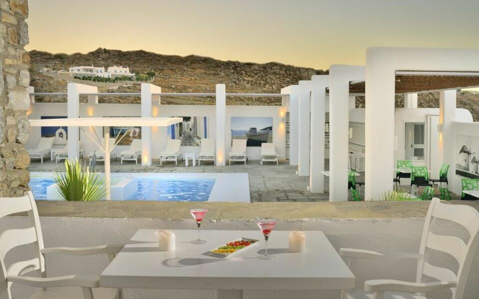 Palladium hotel a design boutique hotel mykonos greece for Design boutique hotel mykonos