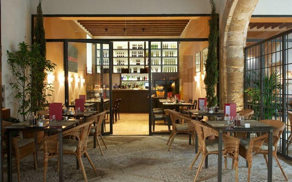 Boutique hotel can cera a design boutique hotel palma for Hotel design majorque