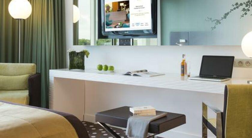h tel barri re lille lille france my boutique hotel. Black Bedroom Furniture Sets. Home Design Ideas