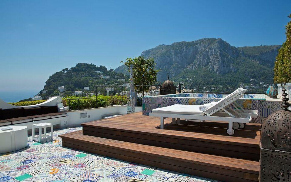 capri tiberio palace a design boutique hotel capri italy. Black Bedroom Furniture Sets. Home Design Ideas