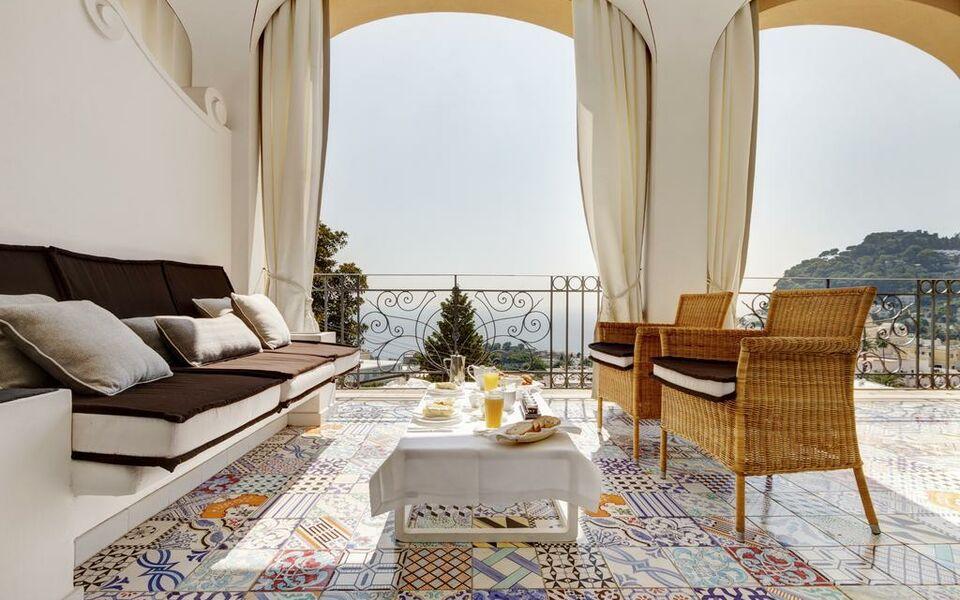 Capri tiberio palace a design boutique hotel capri italy for Boutique hotel capri
