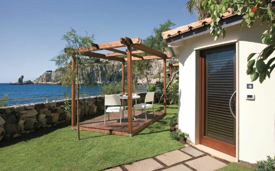 La plage resort taormina italie my boutique hotel for Design di bungalow di lusso