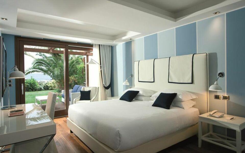 La plage resort a design boutique hotel taormina italy for Design hotel sicily
