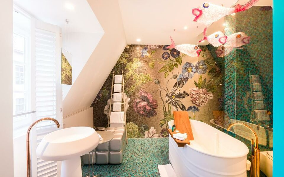 Small Luxury & Boutique Hotel De Witte Lelie, Antwerp (9)