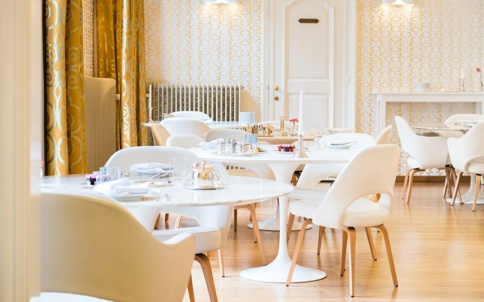 Small Luxury & Boutique Hotel De Witte Lelie, Antwerp (11)