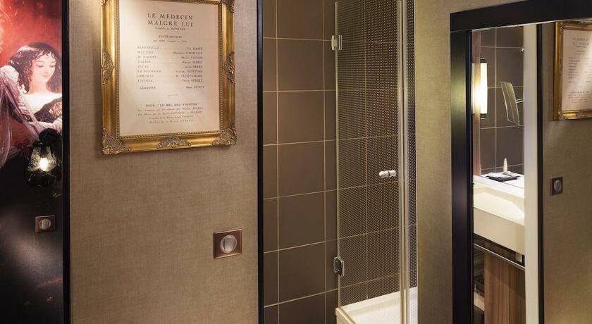 hotel les th tres parigi francia. Black Bedroom Furniture Sets. Home Design Ideas