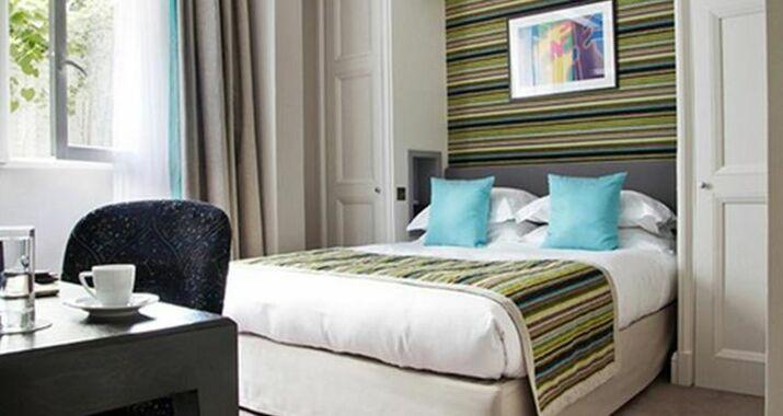 le mathurin paris frankreich. Black Bedroom Furniture Sets. Home Design Ideas