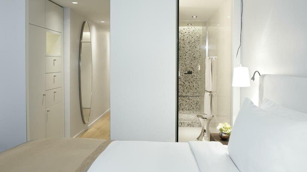 sofitel paris arc de triomphe paris france my boutique hotel. Black Bedroom Furniture Sets. Home Design Ideas
