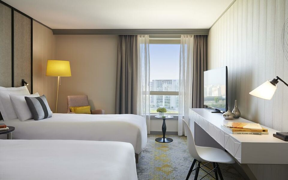 Renaissance Paris La Defense Hotel, A Marriott Luxury & Lifestyle Hotel, Puteaux (14)