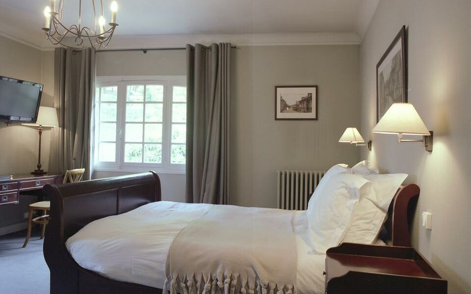 Hôtel La Licorne & Spa, a Design Boutique Hotel Lyons La Forêt, France