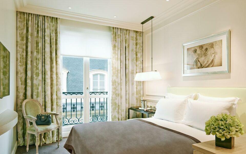 Grand h tel du palais royal a design boutique hotel paris for Best design hotel france