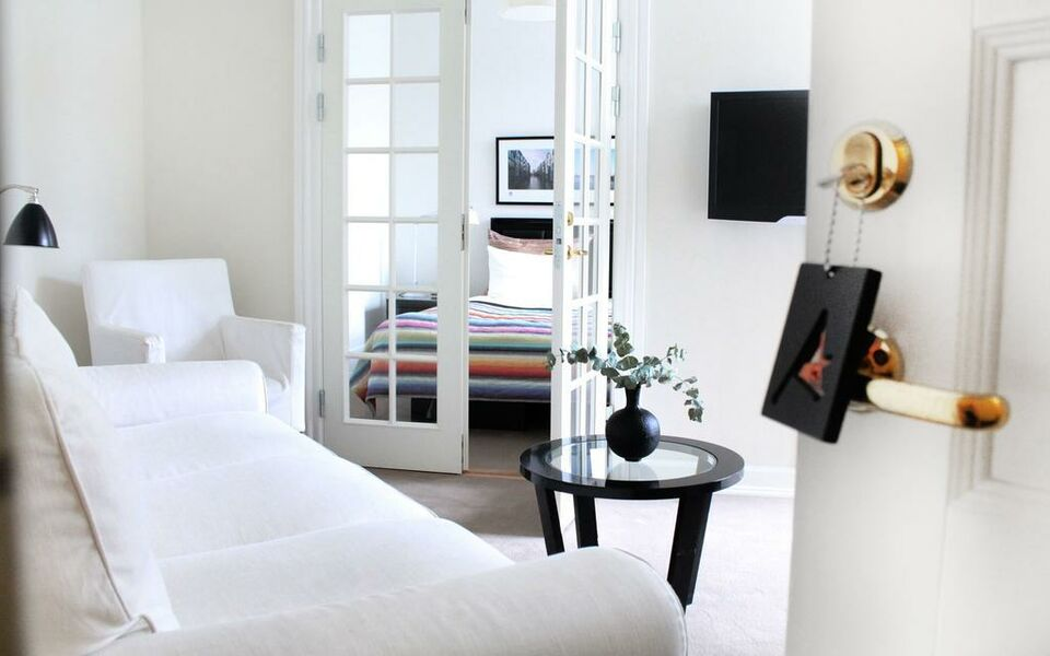 avenue boutique hotel a design boutique hotel copenhagen. Black Bedroom Furniture Sets. Home Design Ideas